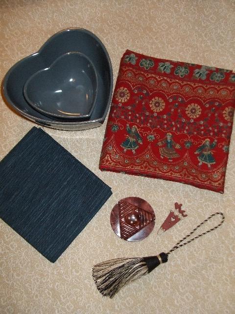 http://sd-1.archive-host.com/membres/images/137986738257252869/repertoire1/Album_echanges_cadeaux/ens.jpg