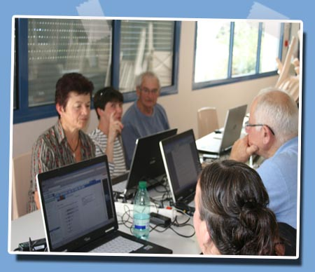 http://sd-1.archive-host.com/membres/images/352027829/poms191010.jpg