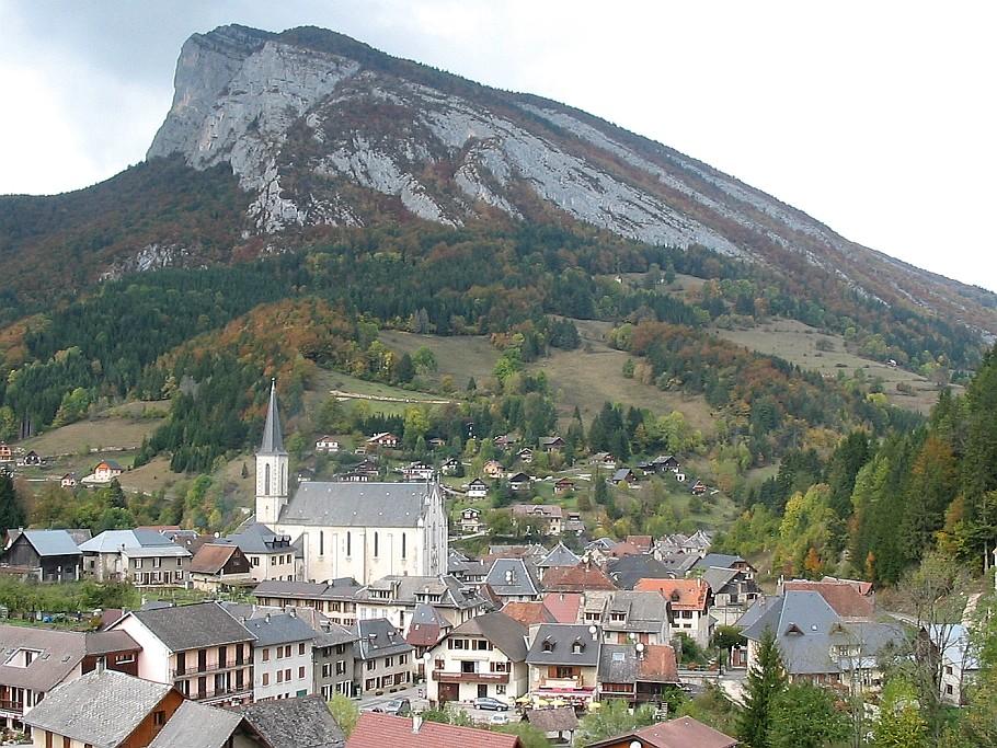 St Pierre d'Entremont