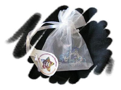 Bracelet de cheville bleu et argenté avec petites perles bleues