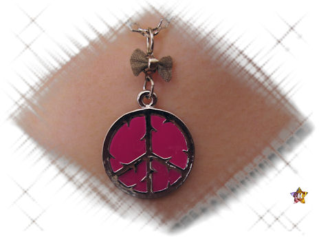 Collier Peace and Love Rose