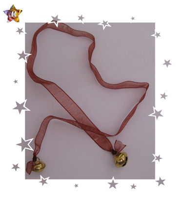 emme-creations Cordon en organza bordeaux et pendentifs clochettes dorées