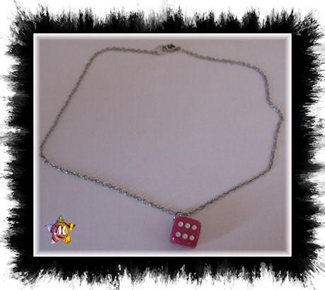 emme-creations collier argente avec un gros de rose