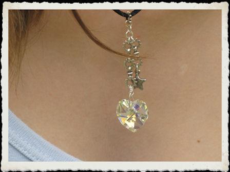 collier en Coeur cristal