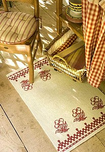 http://sd-1.archive-host.com/membres/up/133917233040018234/ARTICLES/ARTICLES/deco-tapis.jpg