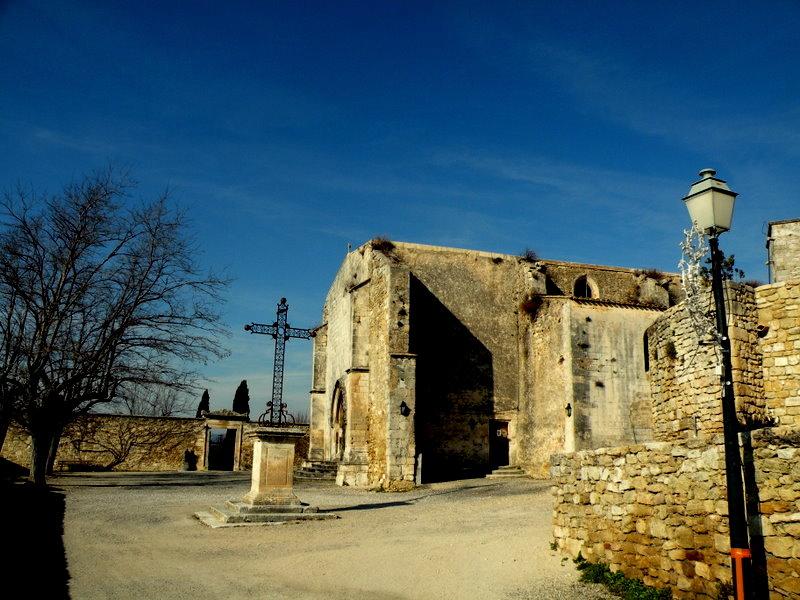 Menerbes-La vieille église-Luberon