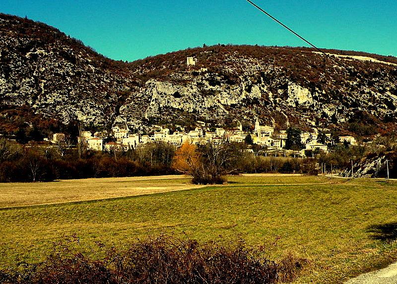 Monieux-Gorges de la Nesque-Fév.2009-Resti Les Lavandes