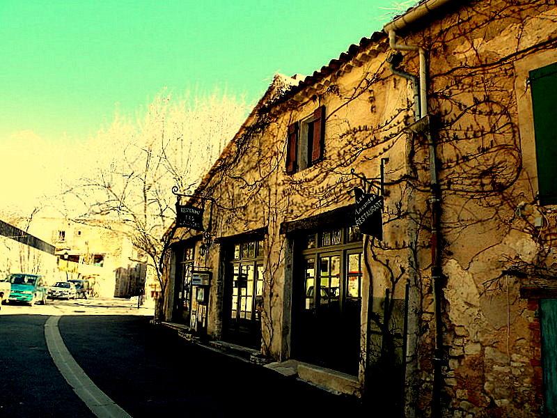 Le Restaurant des Lavandes à Monieux-Fev2009