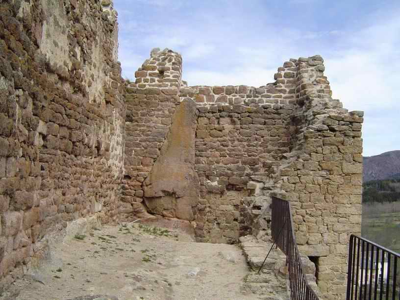 L'intérieur est très sobre et peu représentatif des châteaux de l'Arriège.