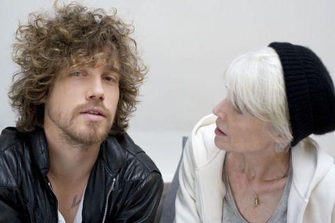Françoise Hardy et Julien Doré par Libération (1er extrait) Dorehardy