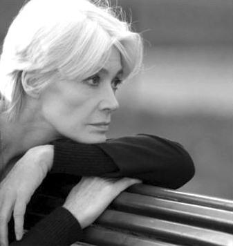 Platine 156 - Interview de Françoise Hardy (6ème extrait) Profil_138